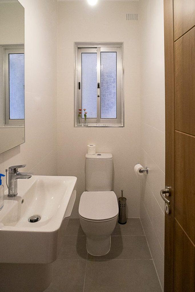 Seaside Apartments Malta MEllieha 1 - bathroom