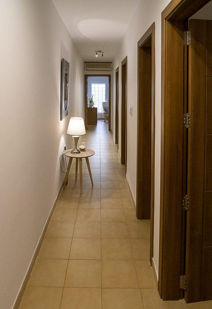 Seaside Apartments Malta MEllieha 1 - corridor
